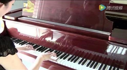 Summertime Sadness(夏日忧郁) - 钢琴视频